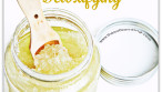 PAMPER MOM WITH THIS 'EASY TO MAKE' ALL NATURAL DETOXIFYING SCRUB