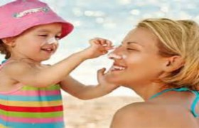 YOUR SUNSCREEN MAY BE CAUSING CANCER!?  HOW TO MAKE ALL NATURAL SUNSCREEN